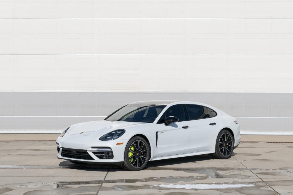 Porsche Panamera Turbo S (Executive)